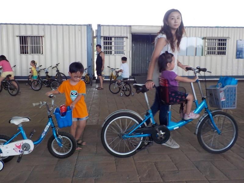 浮洲橋騎腳踏車